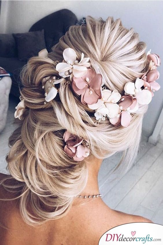 An Essence of Spring - Elegant Wedding Hairstyles for Long Hair