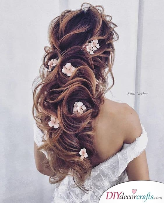 Windy Hair - Get Blown Away by this Hairstyle