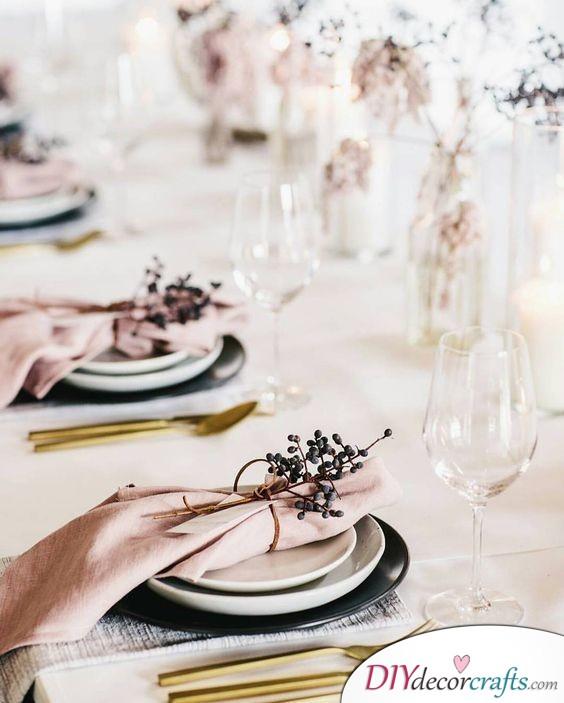 Autumn or Winter Vibe - Beautiful Wedding Table Decoration Ideas
