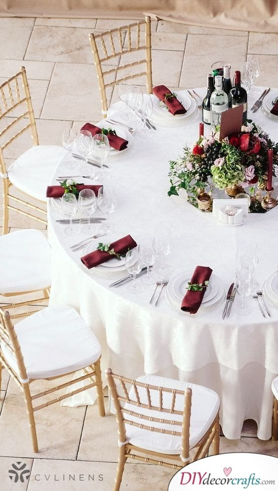 Beautiful in Burgundy - Vibrant Colours at Your Wedding