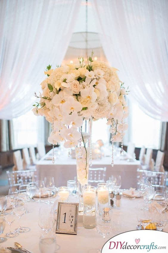 A Blossoming Centerpiece - Simple Wedding Table Decorations