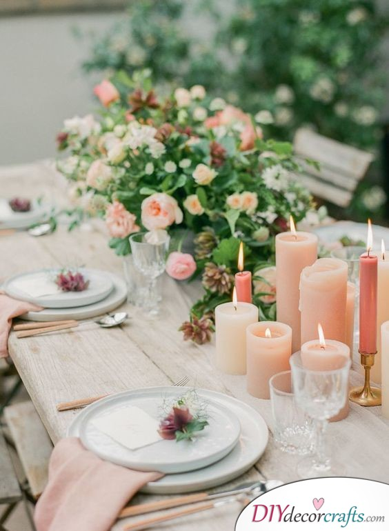 A Rustic Setting - Outdoors Wedding Table Decoration Ideas