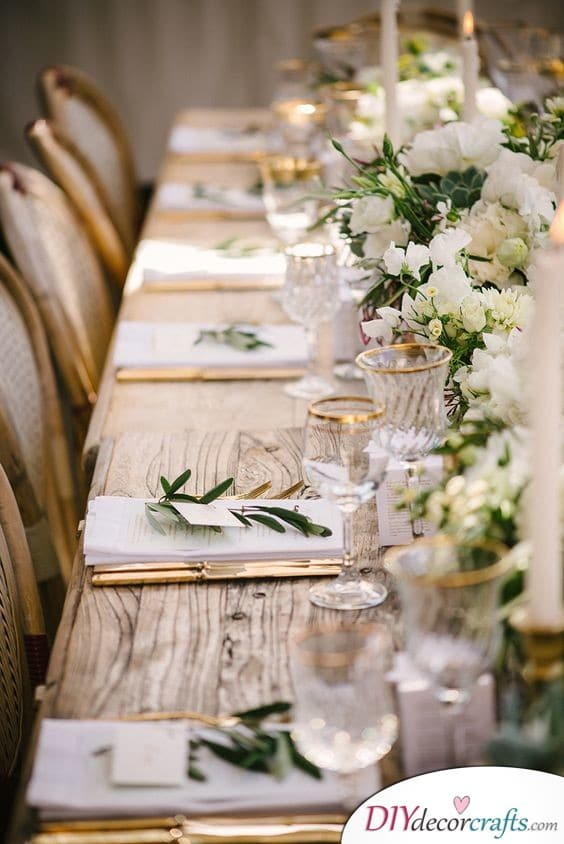 Graceful in Green - Simple Wedding Table Decorations