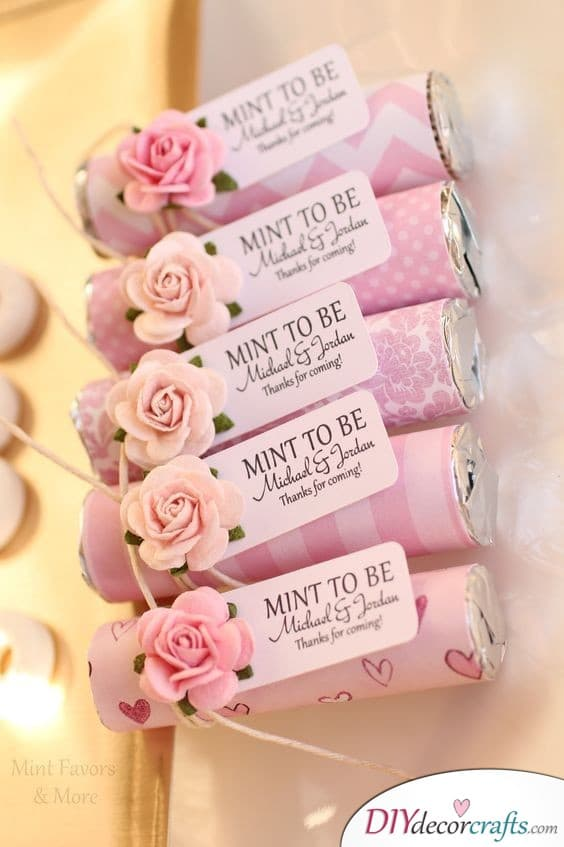 Mints Decorated in Pink - Keeping your Guests' Breath Fresh