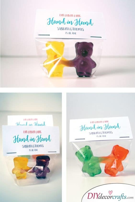 Cute Gummy Bears - Hand in Hand
