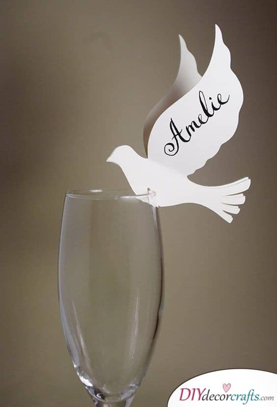 A Bird - Interestingly Shaped DIY Wedding Place Cards