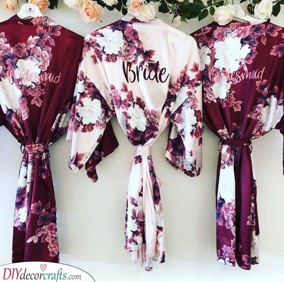 Floral Kimonos - Beautiful Gift Ideas for Your Bridesmaids