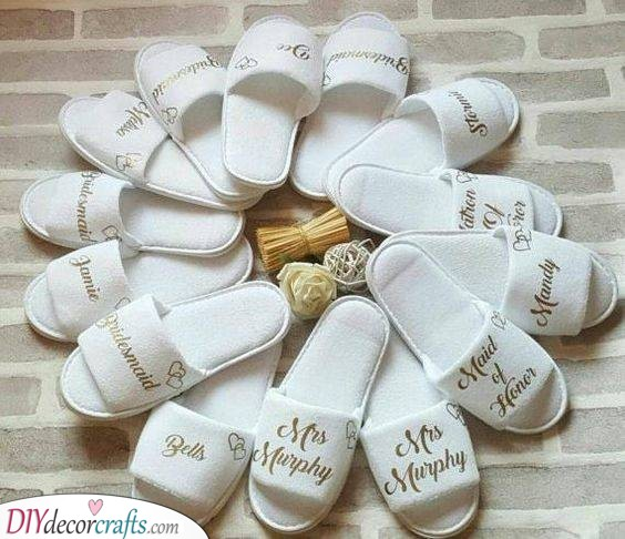 Sandals for Everyone - Gifts for Your Bridesmaids