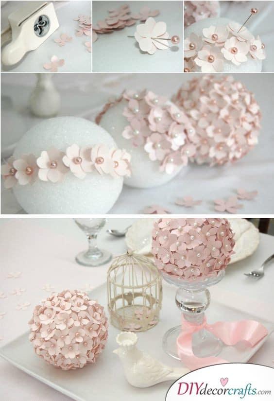 Balls of Flowers - Great DIY Wedding Decorations