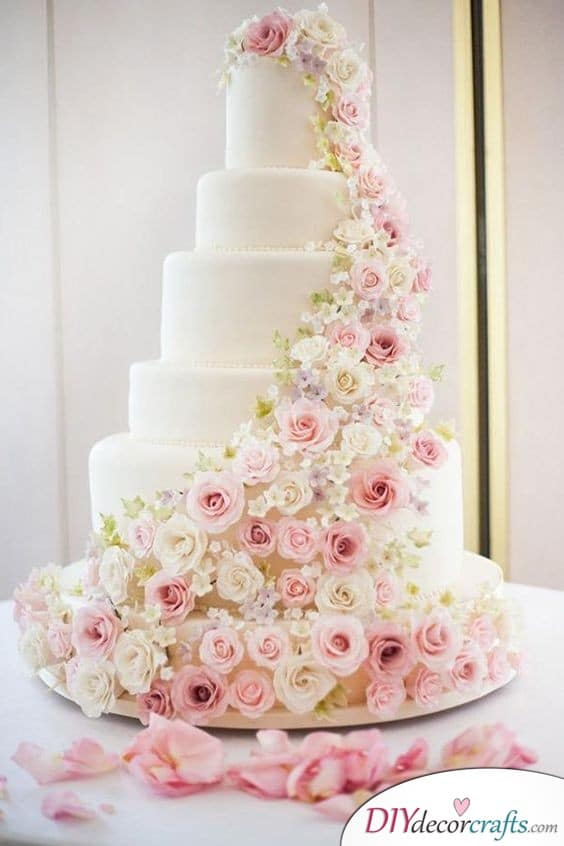 A Tower of Flowers - Beautiful Cakes