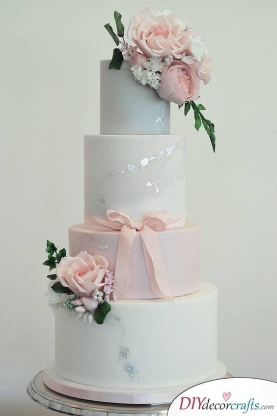 Flickers of Silver - Wedding Cake Ideas