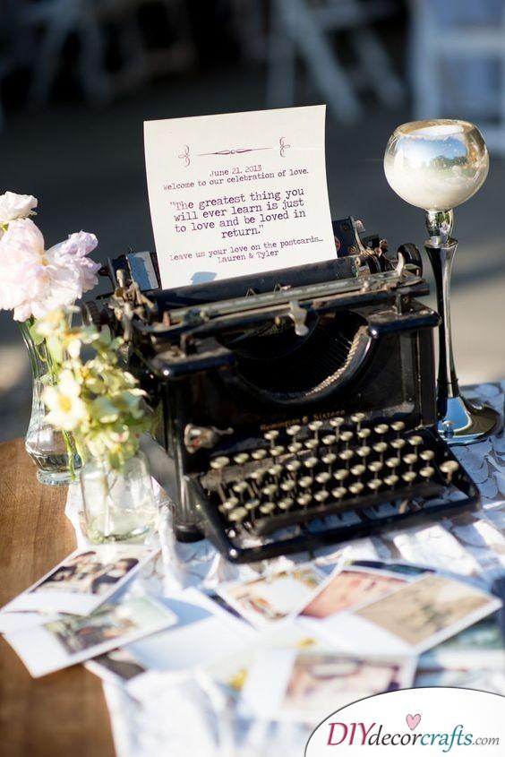 A Typewriter - Old-fashioned Wedding Guest Book Alternatives