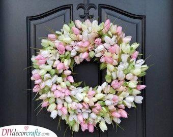 Tulip Fever - Spring Door Decoration Ideas