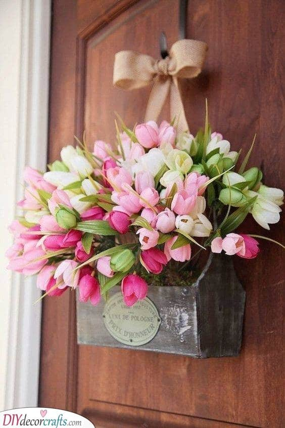 Turning Heads with Tulips - Beautiful Spring Door Decorations