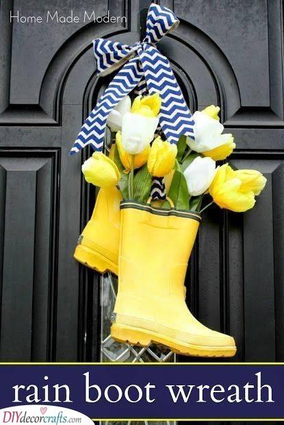 Rain Boot Wreath - An Alternative to Standard Wreaths