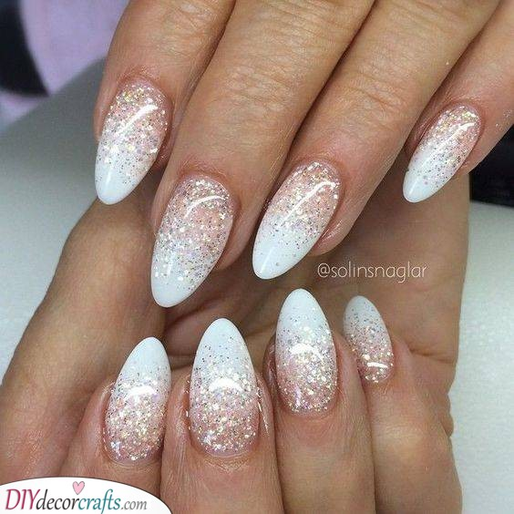 Glittery Beauty - Sparkling Wedding Nail Ideas