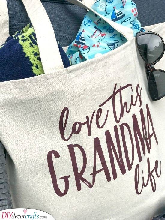 An Awesome Tote Bag - Great Gift Ideas