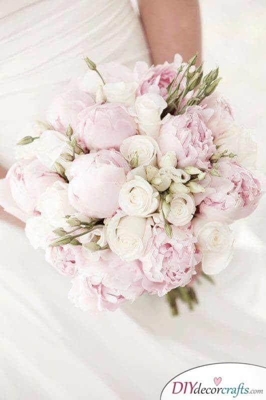 Romantic Roses - Beautiful Ideas for Wedding Flowers