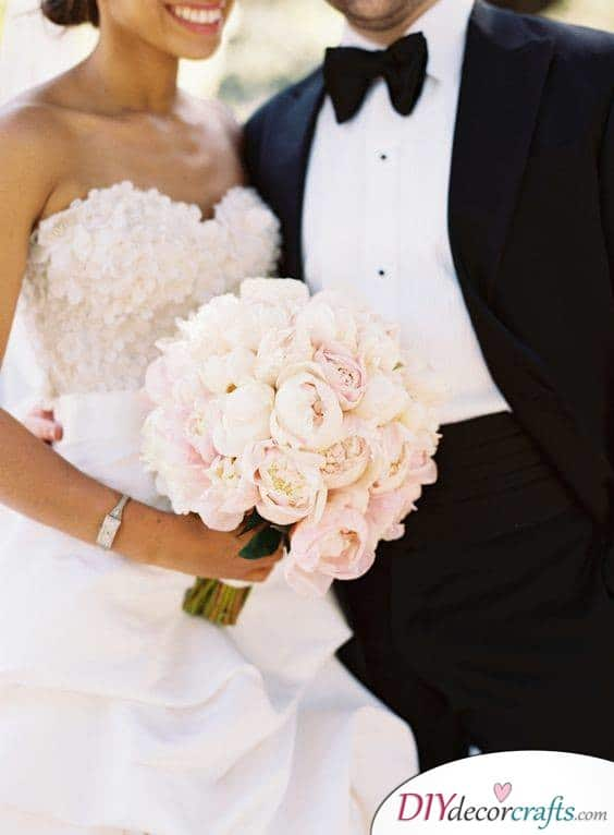 Pretty Peonies - Great Ideas for Wedding Bouquets