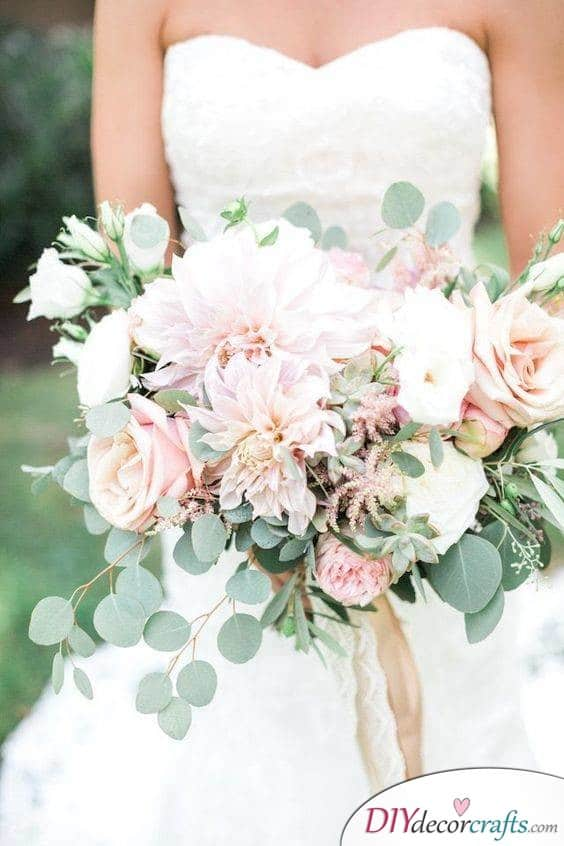 Natural and Earthy - Fabulous Wedding Bouquet Ideas