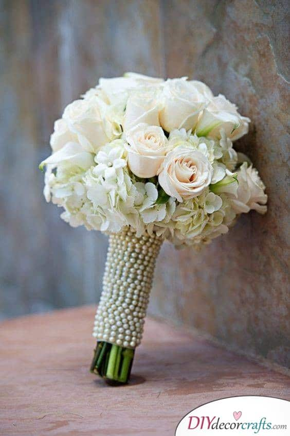 Pearly White - Breathtaking and Romantic