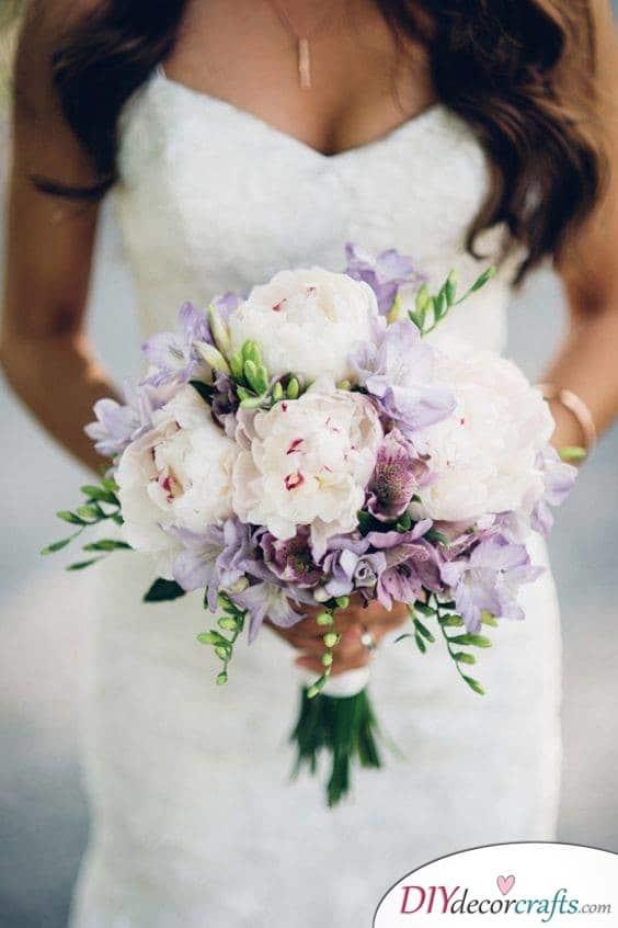 Elegant in Lilac - Simple Wedding Bouquets