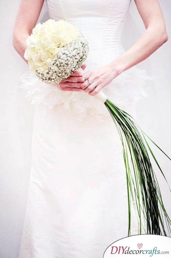 Modern Elegance - Simple Wedding Bouquets