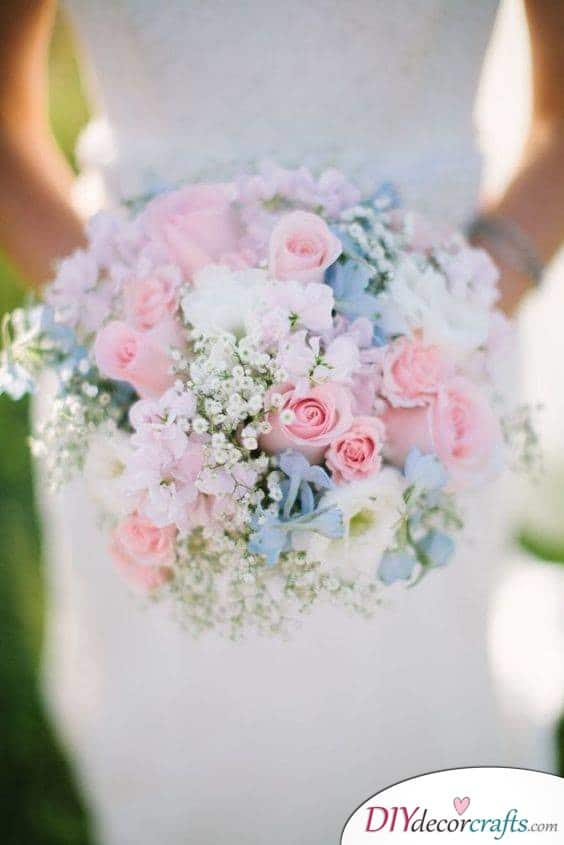 Roses and Baby's Breath - Wedding Bouquet Ideas