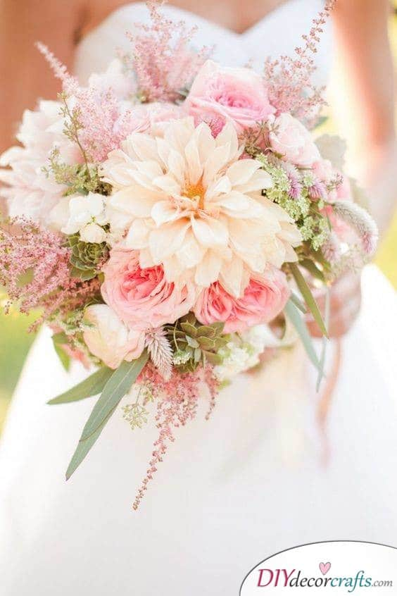 Pink Florals - A Bouquet for Summer Weddings