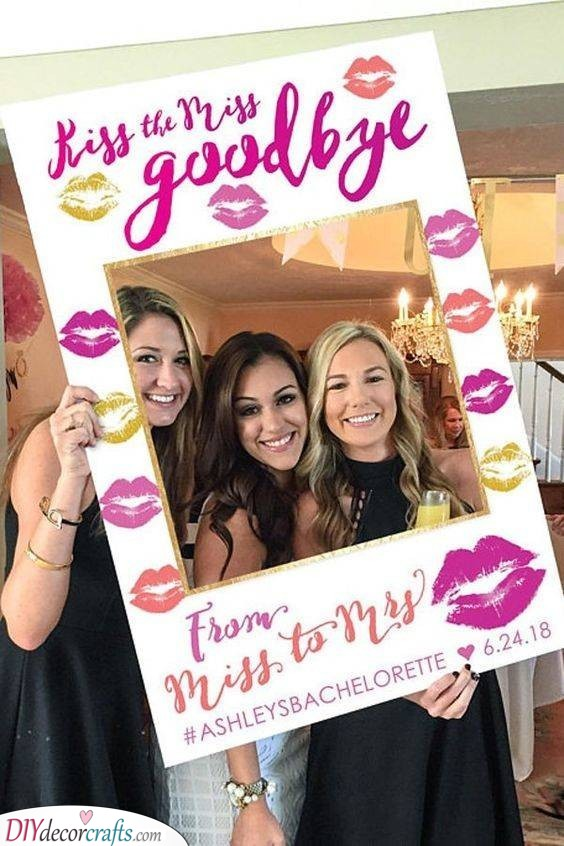 Cut-Out Frame - Hen Party Ideas