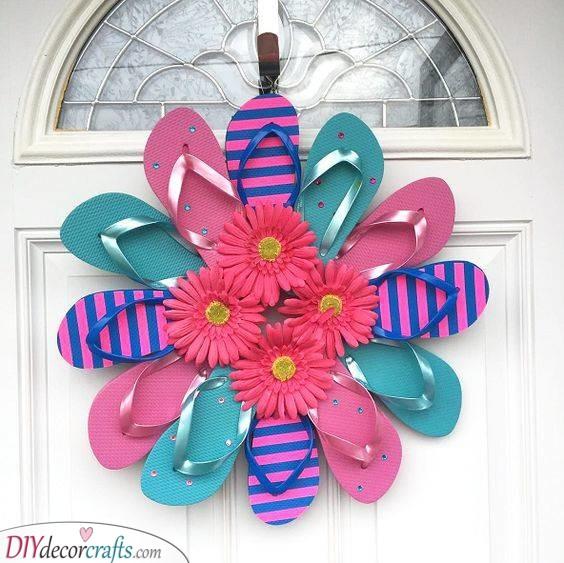A Unique Wreath - An Array of Flip-flops