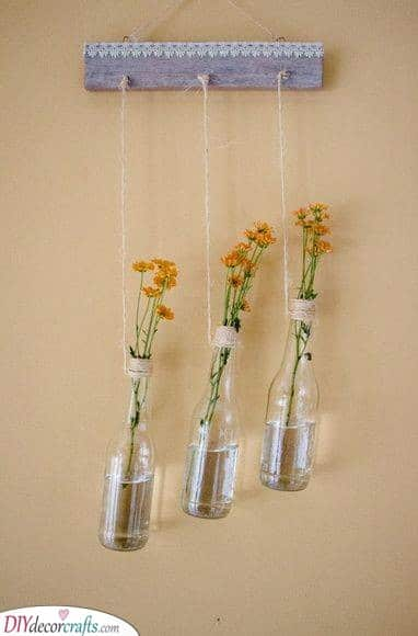 Hanging Vases - Summer Decorations for Your Home