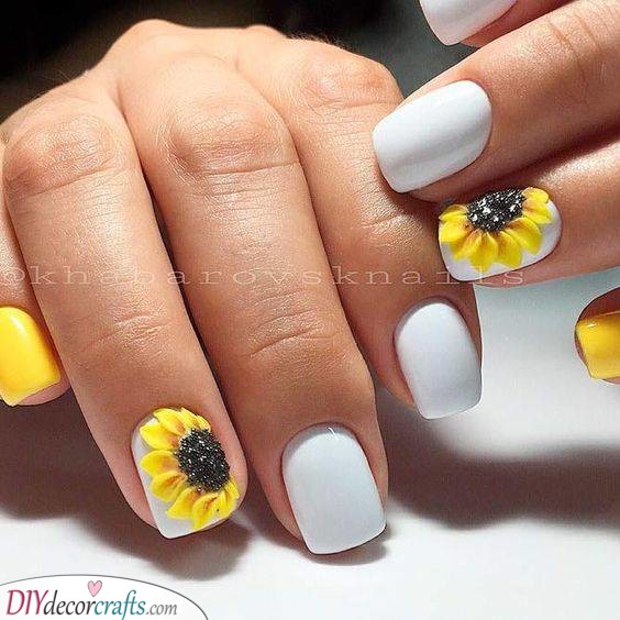 Happy Sunflowers - Spring Nail Ideas