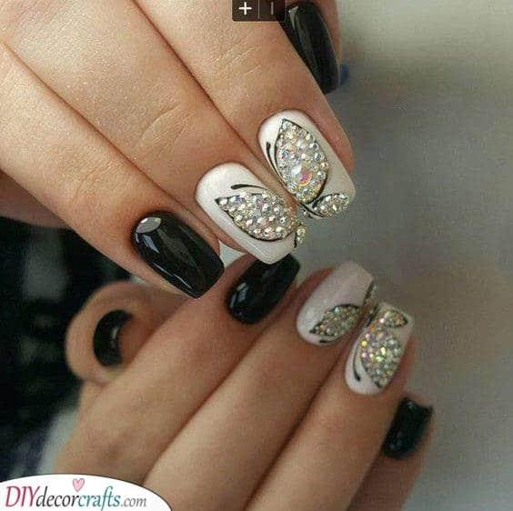 Sparkling Butterflies - Splendid Spring Nail Designs
