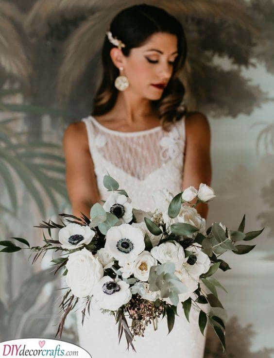 Vintage Meets Glamour - Gorgeous White Anemone