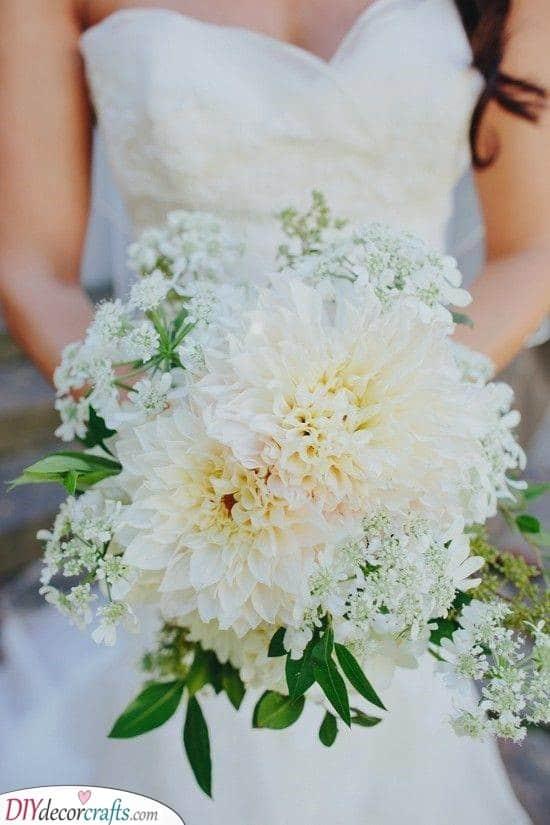 White Dahlia - Gorgeous Ideas for Your Bouquet