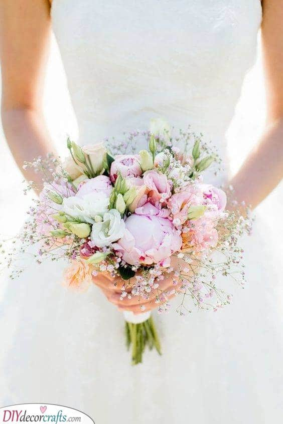 Small and Simple - Brilliant Bridal Bouquets