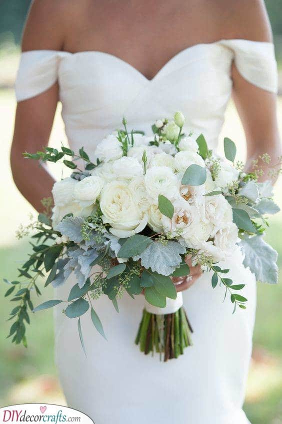White Beauty - Classic DIY Bridal Bouquets
