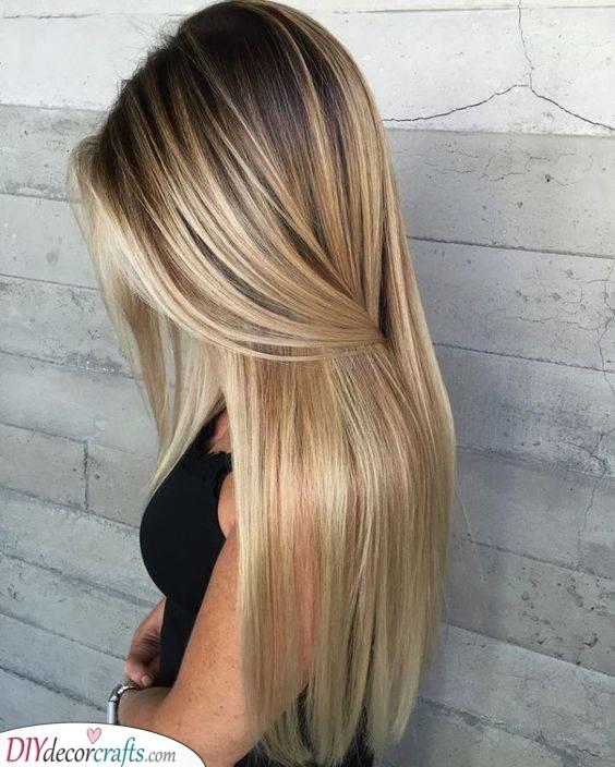 Honey Blonde Highlights - Easy Hairstyles for Long Hair