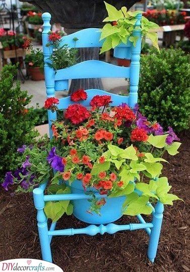 Vintage Chair - Garden Planter Idea