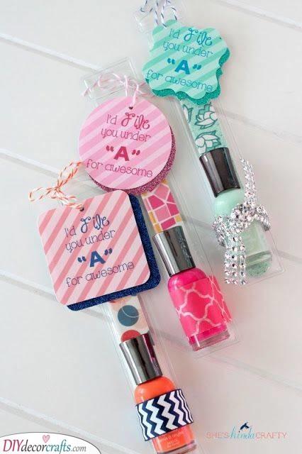 Nail Polish - Present Ideas for Ladies