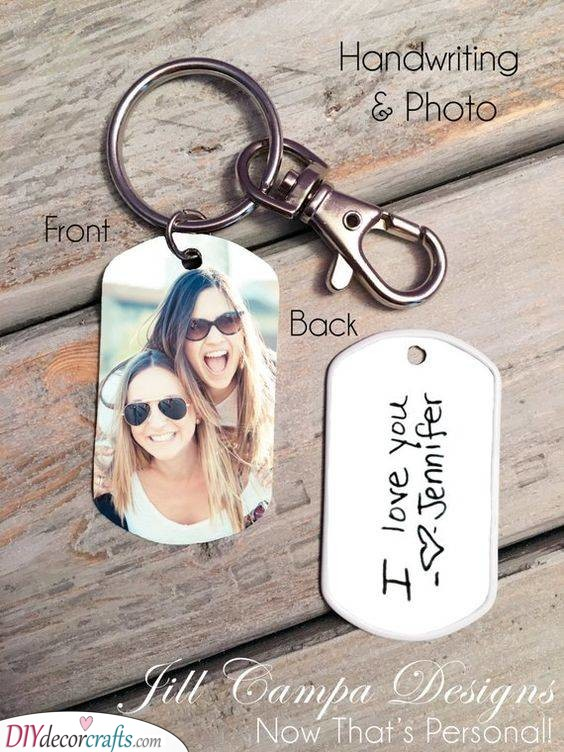 A Beautiful Keychain - Gift Ideas for Your Best Friend