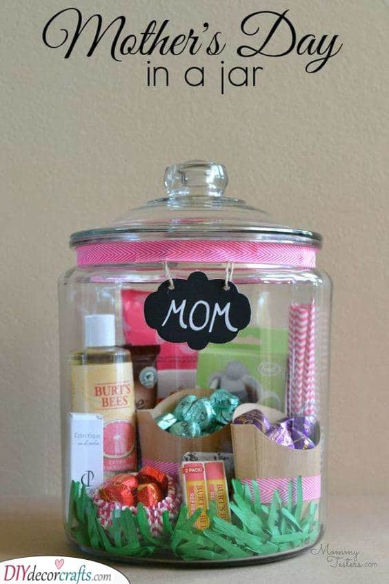 A Jar of Presents - Mothers Day Gift Sets