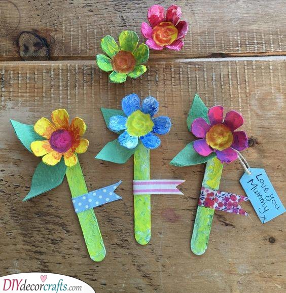 Egg Box Flowers - Last Minute Mothers Day Gift Ideas