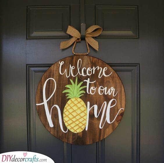 A Merry Welcome Sign - Summer Door Hangers
