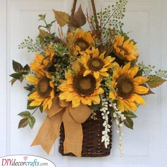 A Basket of Flowers - Beautiful Summer Wreath Ideas