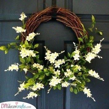 Elegant White Wreath - Summer Wreaths for Front Doors