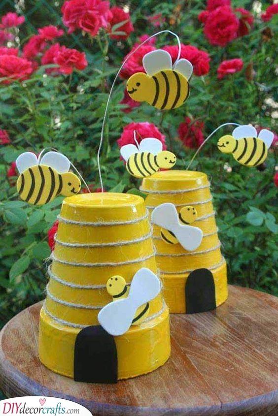 Bees and Hives - Adorable Pot Ornaments