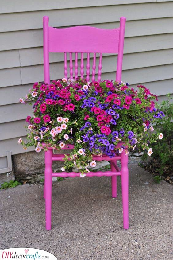 A Vibrant Chair - Create the Perfect Summer Garden
