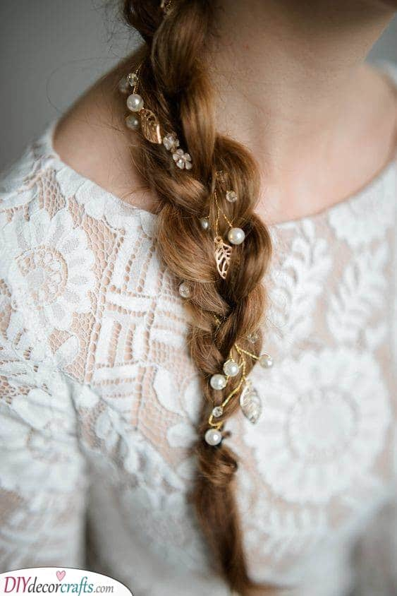 Bridal Hair Vine Ideas - Romantic Hairpieces for Your Wedding